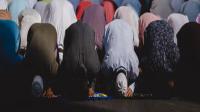 Ketentuan Sujud Syukur : Pengertian, Hukum, Dalil, Sebab, Syarat, Rukun, Bacaan dan Hikmah