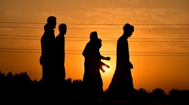 Durhaka Kepada Orang Tua : Larangan, Bentuk dan Dampak